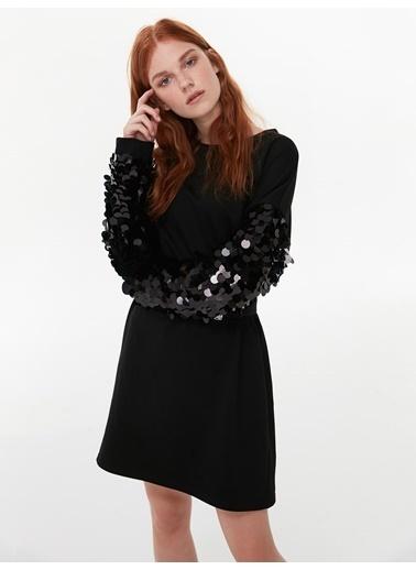 Twist Pul Detaylı Elbise Siyah